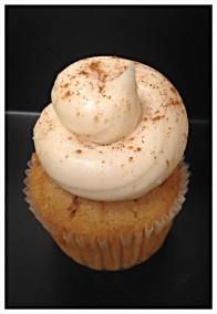 Horchata Cupcake-Horchata spiced cake with horchata buttercream